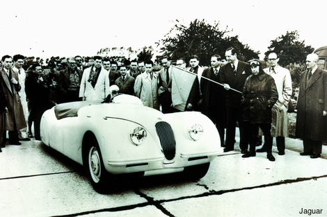 Jaguar XK120 at Jabbeke in 1949
